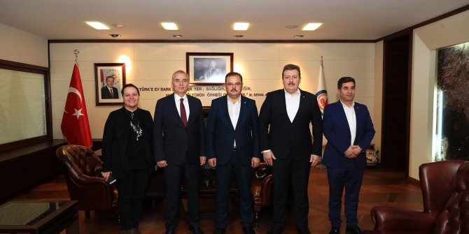 AK Parti'li Öz: Denizli, Ege Bölgesi'nin medarı iftarı