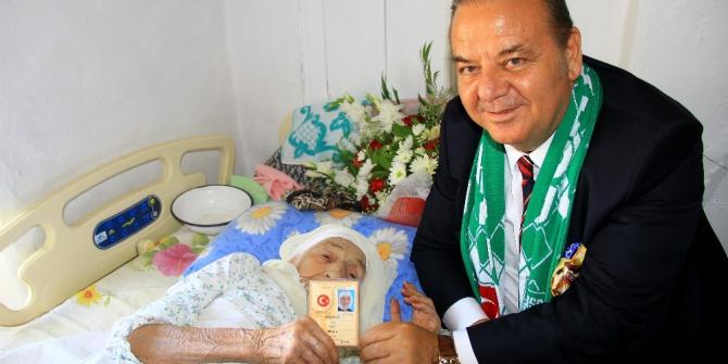 Türkiye'nin en yaşlı insanı öldü