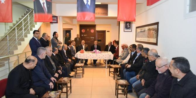Vali Soytürk'ten TBMM'nde gurubu bulunan partilere ziyaret