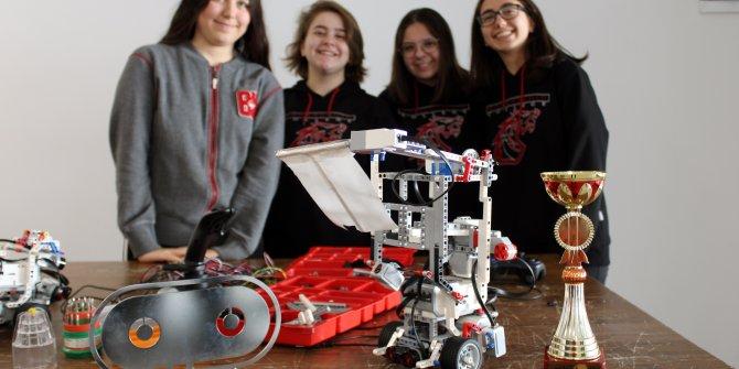 Dünya ikincisi oldukları yangın söndürme robotunu hayata geçirmek istiyorlar