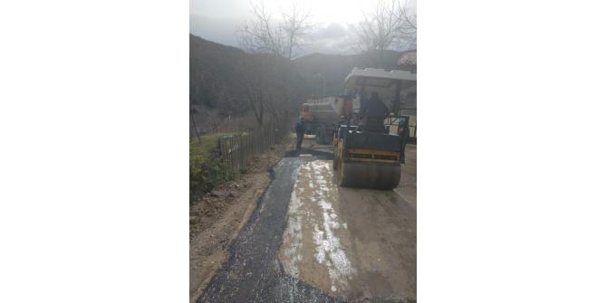 Sapanca'da doğalgaz ve asfalt çalışmaları sürüyor