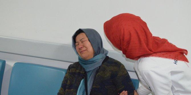 Eşi ve kızının kaza geçirdiğini öğrenip hastaneye koştu, gözyaşlarına boğuldu