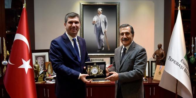 Başkan Ataç, Burdur Belediye Başkanı Ercengiz'i ağırladı