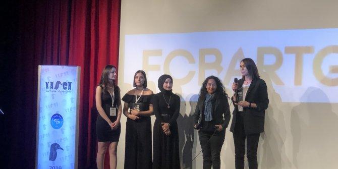 """TOTAL'e """"Yılın En İyi Sosyal Sorumluluk Projesi"""" Ödülü"""