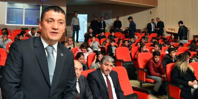 Erciş'te öğrenciler için sinema etkinliği