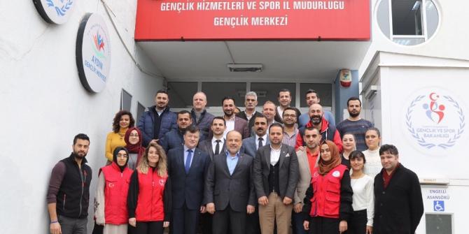 AK Partili Metin Yavuz gençlik liderleriyle buluştu