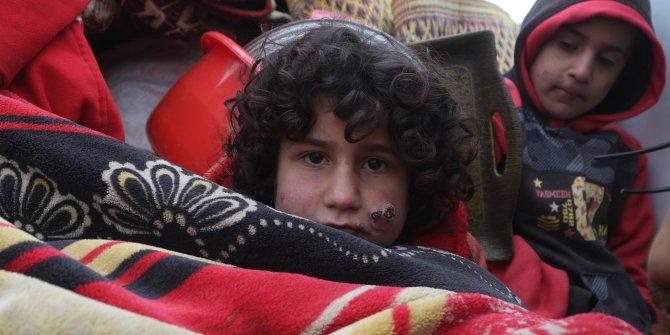 İdlib'in güneyinden göç edenlere 150 çadır