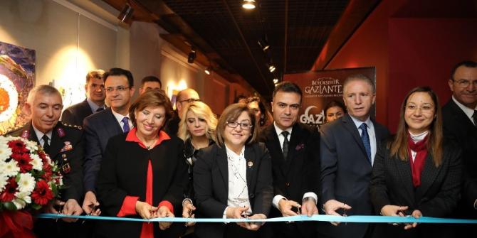 Büyükşehir'den 25 Aralık'a özel iki sergi