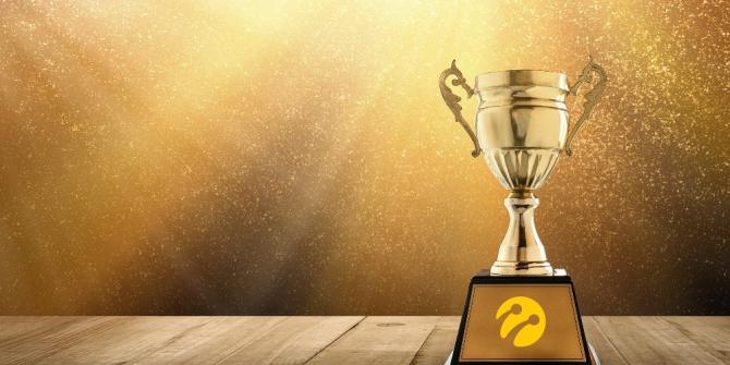 Turkcell 25'inci yılında 144 ödül aldı