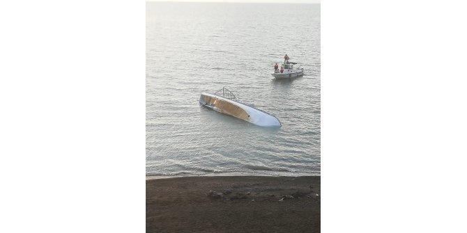 Van Gölü'nde kaçak göçmenleri taşıyan tekne battı: 7 ölü (3)- Yeniden