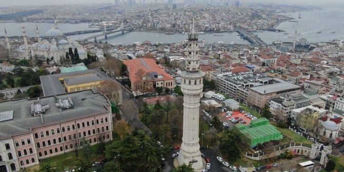(Havadan fotoğraflarla) İstanbul'un havasını gösteren kule