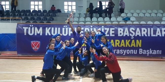 Kırıkkaleli gençler hokeyde Türkiye şampiyonu oldu