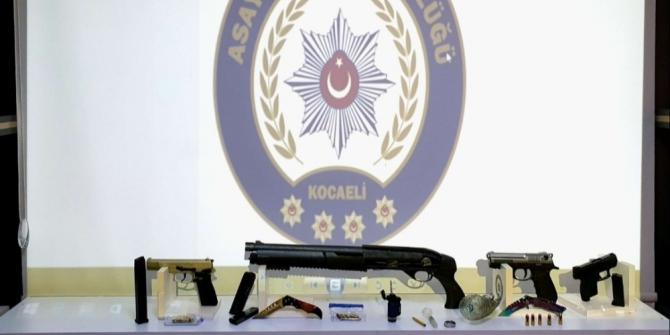 Kocaeli'de İYİ Parti yöneticisinin iş yerini kurşunlayanlar yakalandı