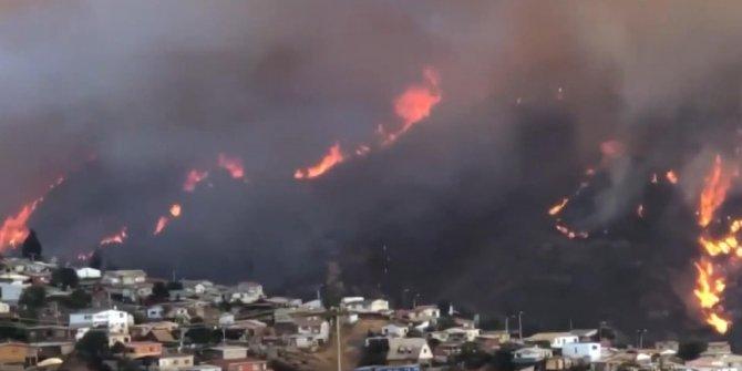 Şili'nin Valparaiso şehrinde yanan ev sayısı 245'e yükseldi