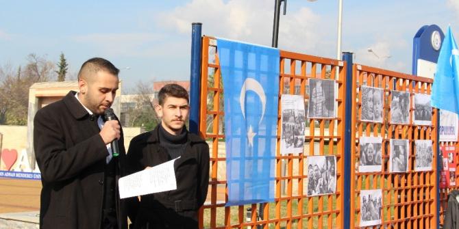 ADÜ'de Doğu Türkistan zulmüne dur denildi