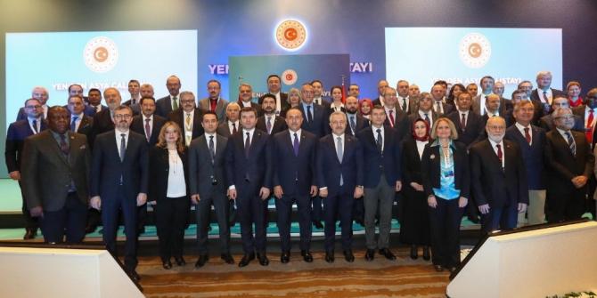 Kapadokya Üniversitesi Rektörü Karasar 'Yeniden Asya Çalıştayı'nda konuştu