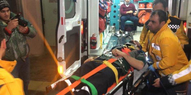 Çığ altında kalan işçiyi 2 metrelik karda kurtarma seferberliği (4)