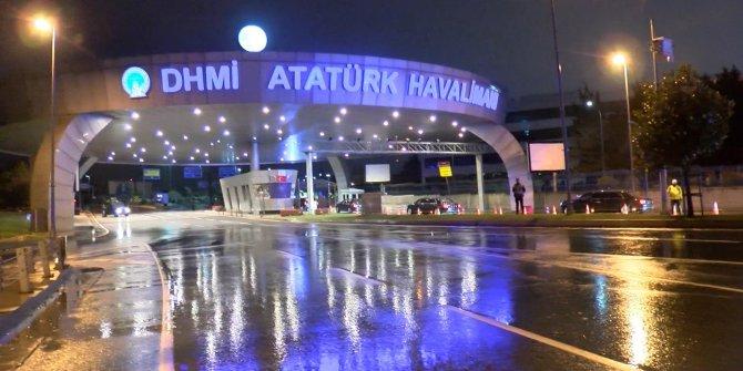 Rusya Devlet Başkanı Putin Atatürk Havalimanı'na geldi