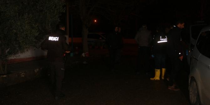 Toprak evde hareketsiz bulunan genç öldü