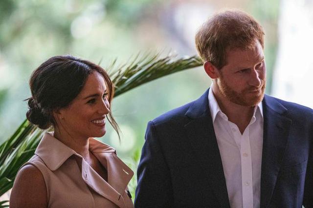 İngiltere'yi karıştıran karar! Prens Harry ve eşi Meghan Kraliyet ailesinden çekildi