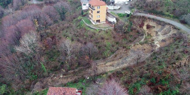 Zonguldak'ta 3 evin boşaltıldığı heyelan bölgesinde inceleme sürüyor