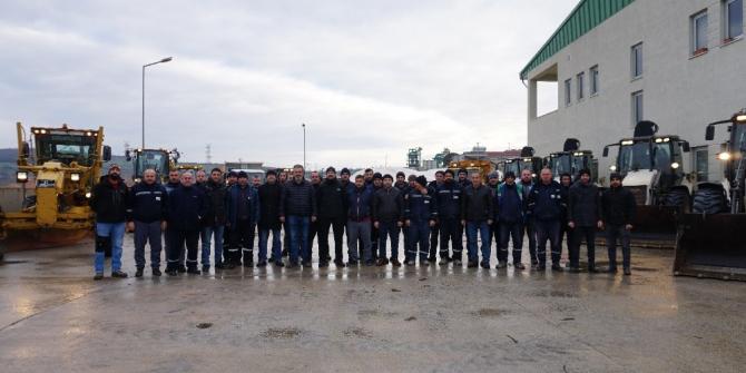 İzmit Belediyesi karla mücadele için teyakkuzda
