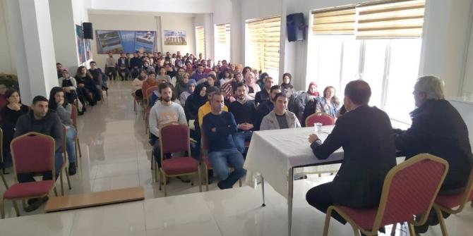 Kaymakam Erat, aday öğretmenlerle bir araya geldi
