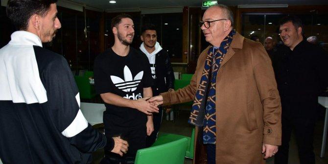 Ergün'den Manisa FK'ya moral ziyareti