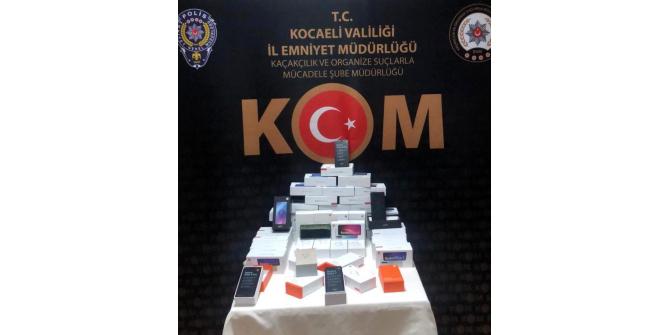 Kocaeli'de kaçak cep telefonu operasyonu: 1 gözaltı