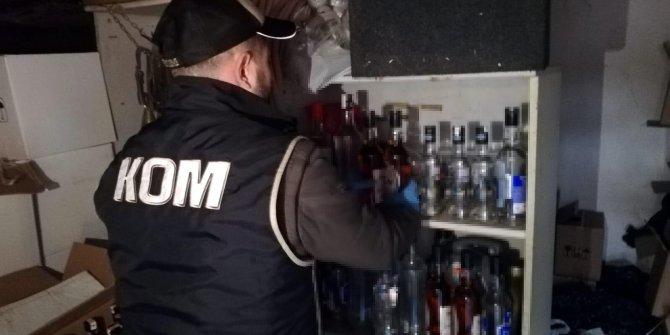 Ahırda 1046 şişe sahte içki ele geçirildi