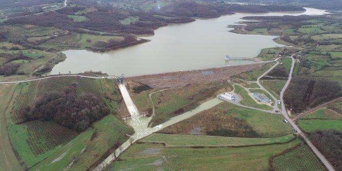 Kandıra'da baraj doldu, kapaklar açıldı