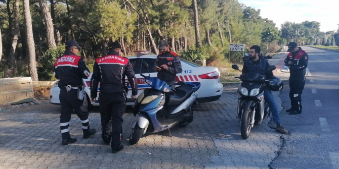 Jandarma Trafik göz açtırmıyor