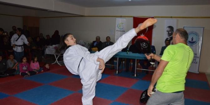 Çifteler'de taekwondo ve kick boksta kuşak terfi sınavı