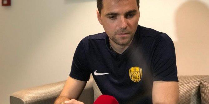 Ankaragücü'nün Hırvat oyuncusu Ante Kulusic: Burak Yılmaz ile sürekli bir savaş içerisindeyiz