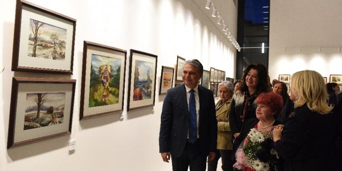 Türkan Şoray'da yılın ilk sergisi açıldı