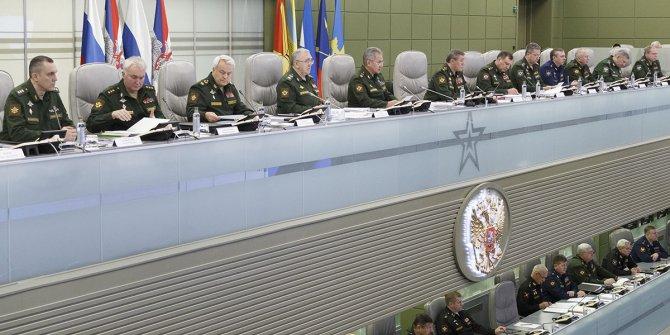 Rus ordusu ABD füzelerinin konuşlandırılmasını takip etmekle görevlendirildi
