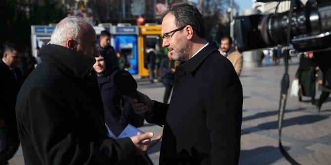 Bakan Kasapoğlu Kızılay Meydanı'nda muhabirlik yaptı (Yeniden)