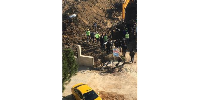 Lüleburgaz'da toprak altında kalan işçilerin kurtarılma anına dair görüntüler ortaya çıktı