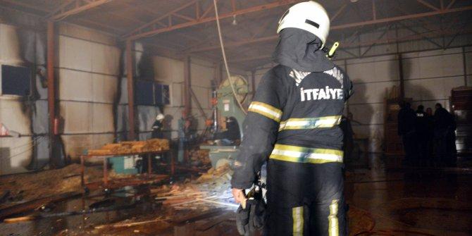 Kahramanmaraş'ta mobilya atölyesinde yangın