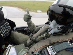 Savaş pilotları 'önce vatan' İstafa'dan vazgeçtiler
