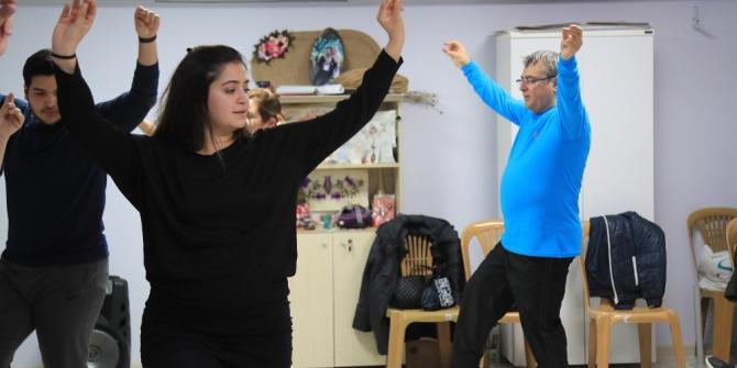 Halk oyunları kursları kış dönemi kayıtları başladı