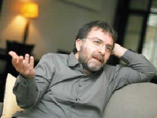 Gazeteci Ahmet Hakan'a Saldırı
