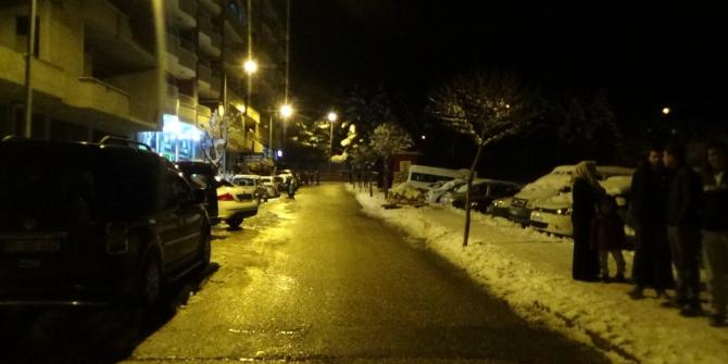 Siirt'te deprem paniği: Vatandaşlar sokağa döküldü