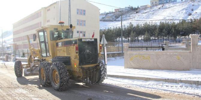 Bayburt Belediyesinden karla mücadele çalışması