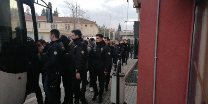 Sahte akaryakıt faturası ile milyonlarca liralık vurgun yapan 9 kişi tutuklandı