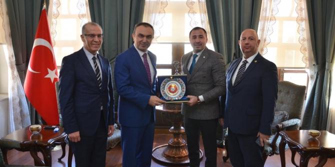 Türkiye Judo Federasyonu Başkanı Sezer Huysuz, Vali Soytürk ile buluştu