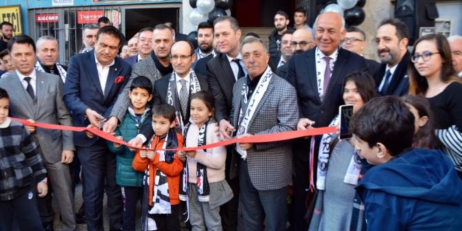 Ahmet Nur Çebi, Söke Beşiktaşlılar Derneği'ni açtı