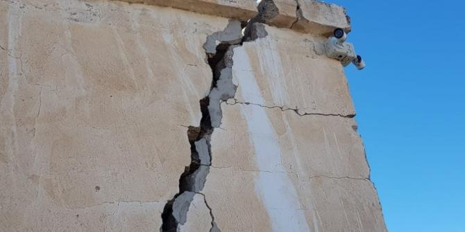 Elazığ'da meydana gelen deprem, Kayseri'deki evde büyük hasara neden oldu