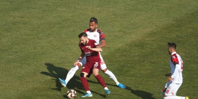 TFF 2. Lig: Bandırmaspor: 1 - GMG Kastamonuspor: 1