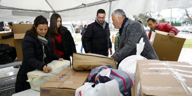 """Manavgat Belediyesi'nden """"Elazığ İçin El Ele"""" kampanyası"""